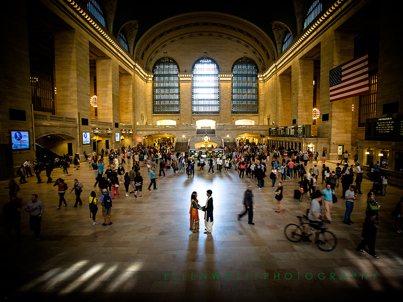 engagement portrait in Grand Central Station